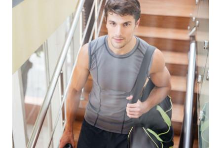 Как выбрать спортивную мужскую сумку?